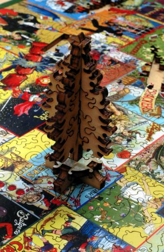 Holiday Crackers - Liberty Puzzles - 14