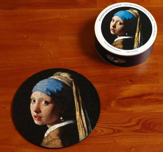 Girl with a Pearl Earring round - Liberty Puzzles - 8